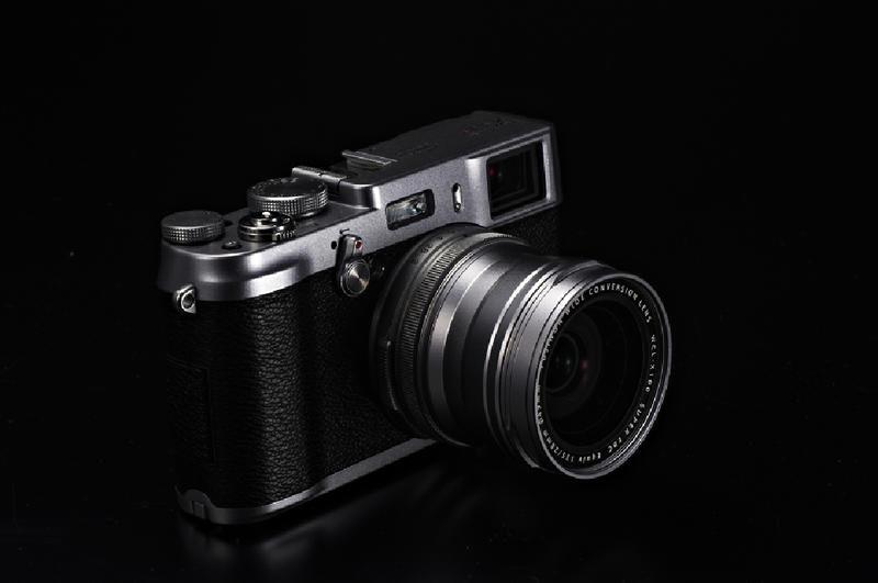Fuji-x100s-camera1